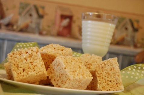 Marshmellow Treats with Milk Close UpRice Crispy Treats Recipe Marshmallow Cream